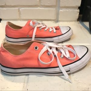 Coral Converse All Star shoes